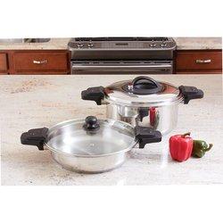 Precise Heat™ 12-Element Low-Pressure, Pressure Cooker